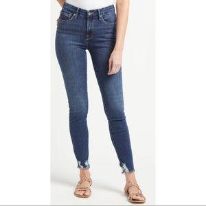 Good American Good Legs Chewed Hem Jeans Size 14